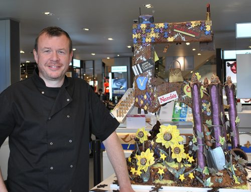 Giant chocolate sculpture unveiled at Vangarde Shopping Park